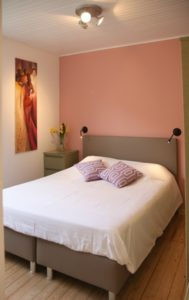 Photo BnB Knokke Logies boxspring chambres dhotes.